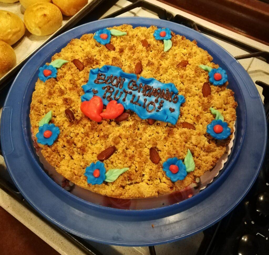 Torta Sbrisolona Mantovana senza Glutine né Latticini come torta di Compleanno