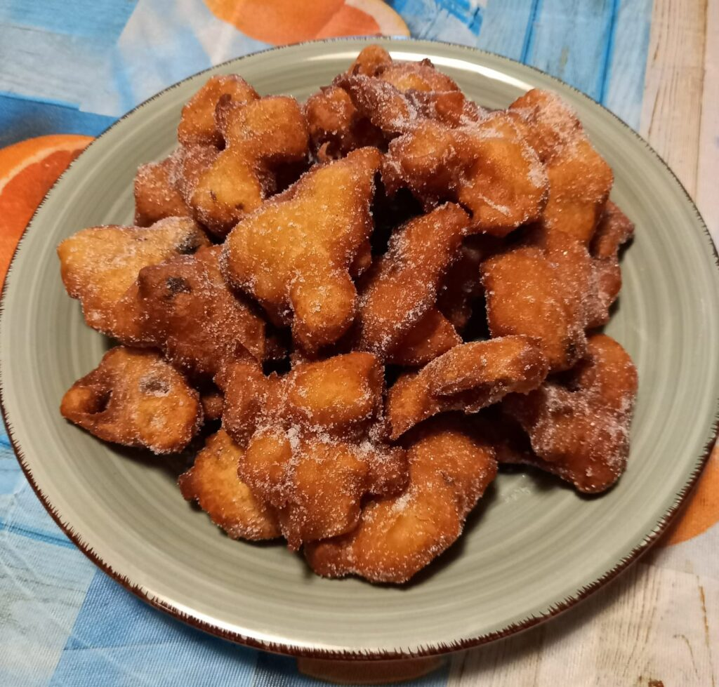 Frittelle di mele, prugne secche o uvetta e marsala. Senza glutine né latticini. Super appetitose!